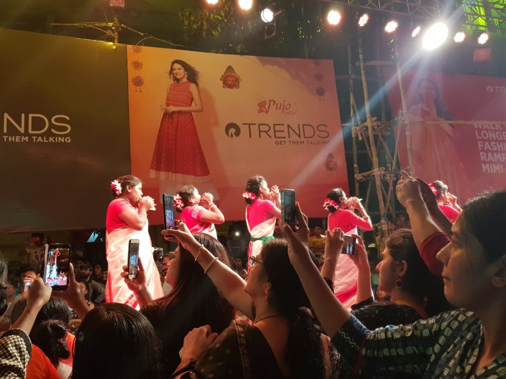 Women walking the longest ramp show in Kolkata